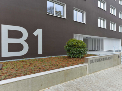 Burgkstraße 1 in Dresden – Adresse am Eingangsbereich