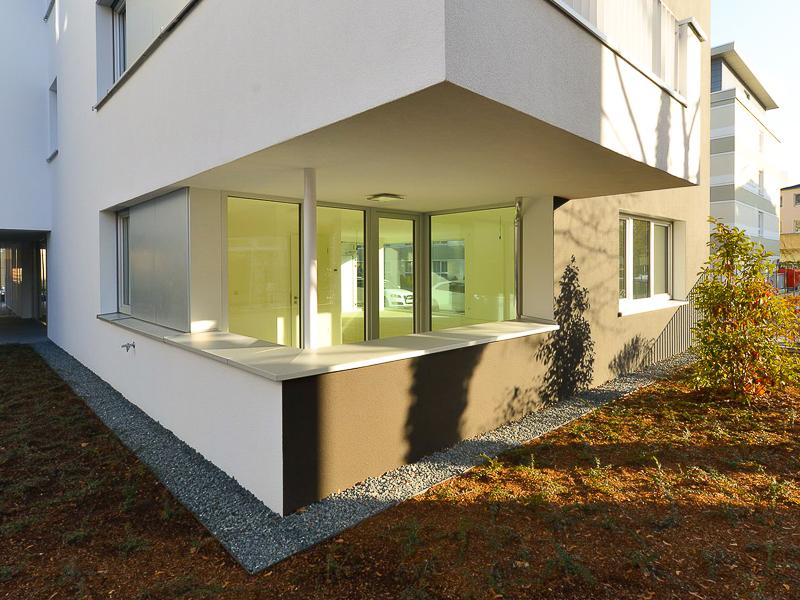 Burgkstraße 1 in Dresden – Blick auf einen Balkon und eine Wohnung im Erdgeschoss