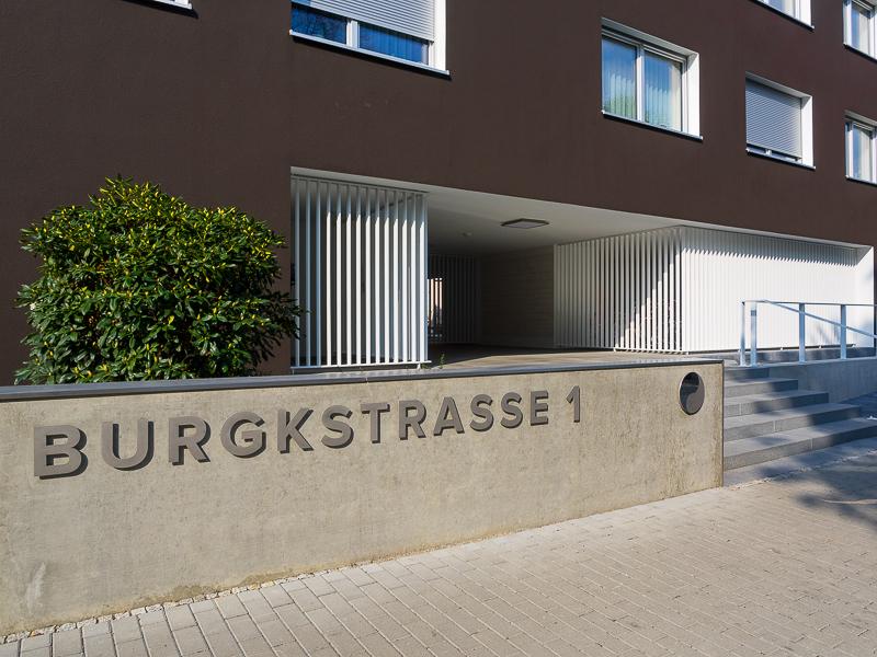 Burgkstraße 1 in Dresden – Gestaltung des Eingangsbereiches mit Treppe