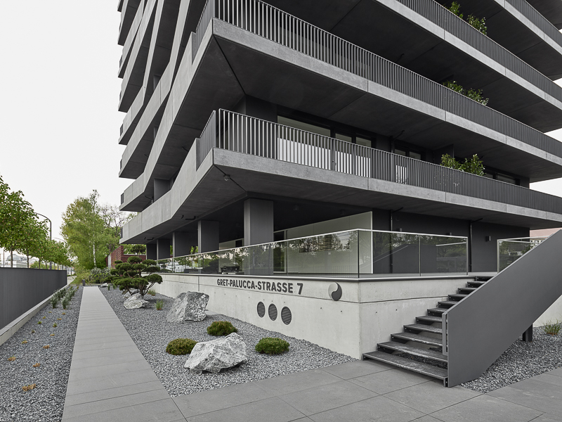 Gret-Palucca-Straße 7 Dresden – Eingang des Neubaus